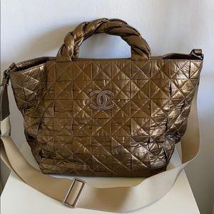 💯 Authentic Chanel Leather Large Tote Bag